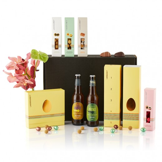 by PR Big Bunny giftbox with easterbeer-315