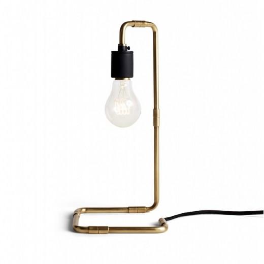 Menu Reade Bordlampe i messing-012