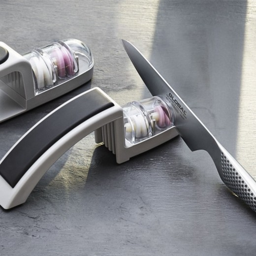 Global Knivsæt: G-2 Chefkniv og H-220GB Sliber